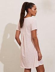 ODD MOLLY - Finest Embroidery Dress - sommerkjoler - pink elder - 3