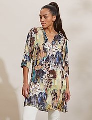 ODD MOLLY - Gaia Tunic Dress - tunikaer - multi - 0
