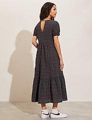 ODD MOLLY - Latrice Dress - sommerkjoler - asphalt - 3