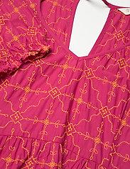 ODD MOLLY - Latrice Dress - sommerkjoler - bright fuschia - 4