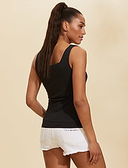 ODD MOLLY - Odd Appealing Tank Top - hauts sans manches - almost black - 3
