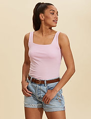 ODD MOLLY - Odd Appealing Tank Top - hauts sans manches - pink whisper - 0
