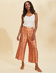 ODD MOLLY - Claudia Pants - pantalons larges - tumeric - 0
