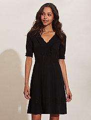 ODD MOLLY - Adora Dress - sommerkjoler - black - 0