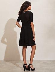 ODD MOLLY - Adora Dress - sommerkjoler - black - 3