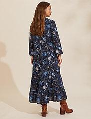 ODD MOLLY - Doreen Dress - midi kjoler - dark blue - 3