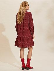 ODD MOLLY - Célia Dress - sommerkjoler - baked burgundy - 3