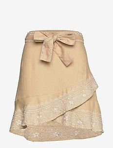 Dynamic Skirt - DUNE BEIGE