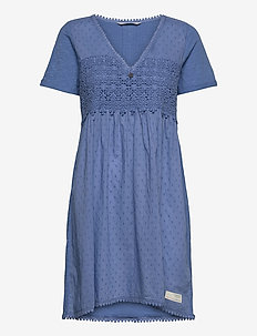 Finest Embroidery Dress - sommerkjoler - vivid blue