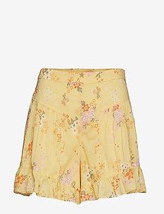 marvelously free shorts - VINTAGE YELLOW