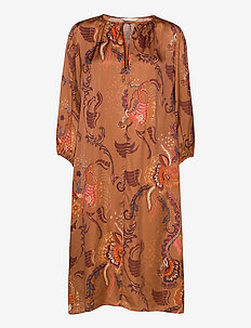 Still Smiling Dress - midi kjoler - coconut brown