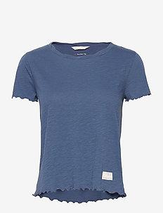 Pow-Wow Top - t-shirts - horizon blue