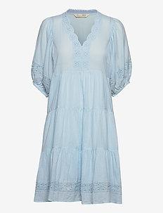 Laura Dress - midi-kleider - blue glow