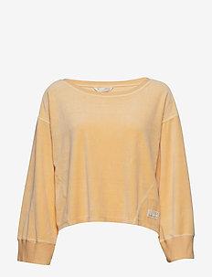 Hygge Sweater - sweats - golden biscotti