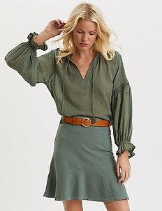 Sweep Away Skirt - korta kjolar - cargo green