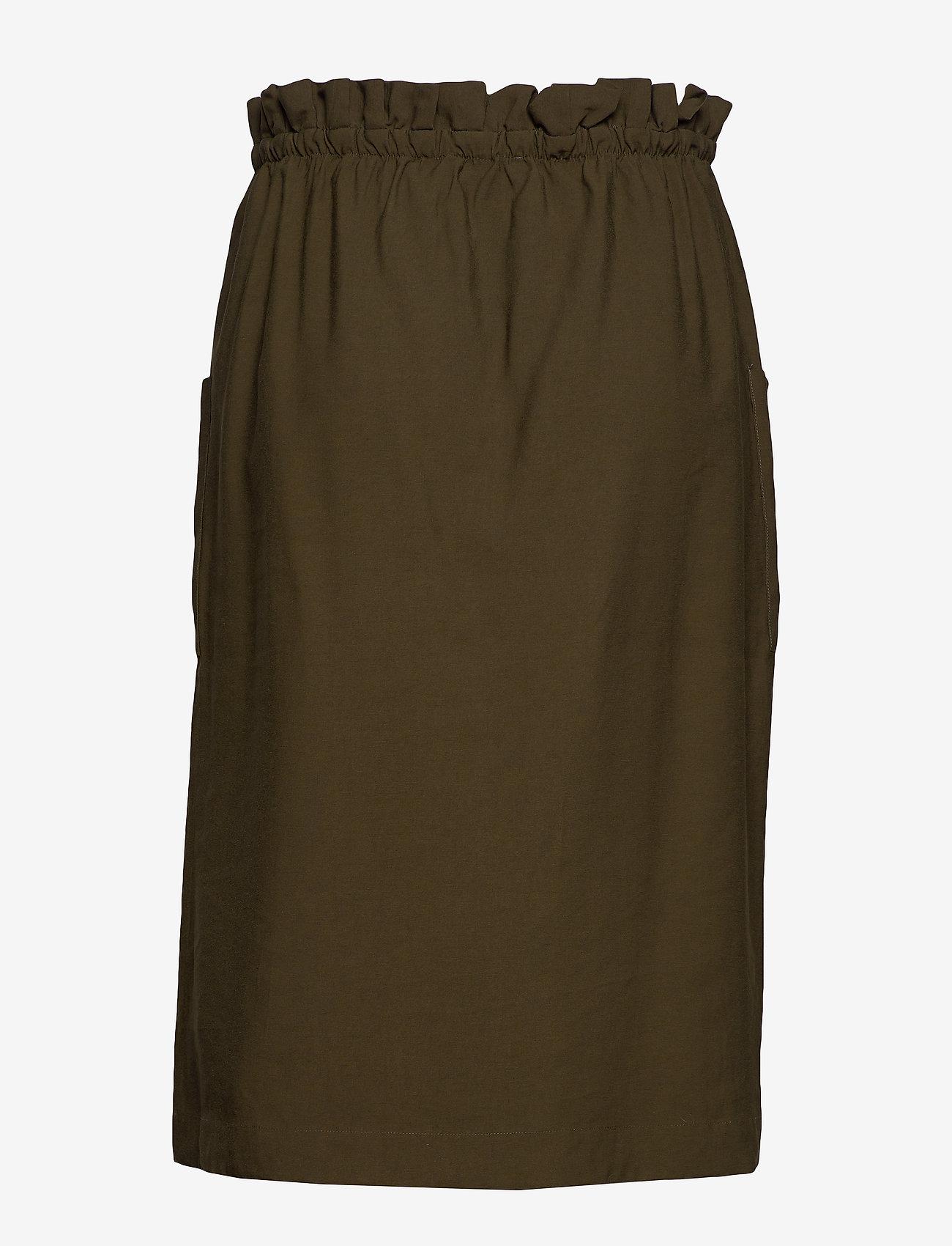 Carjanine Button Calf Skirt (Forest Night) (298.35 kr) - ONLY Carmakoma