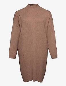 CARPRIMEUS TUNNEL NECK  TUNIC DRESS  KNT - strikkede kjoler - brownie
