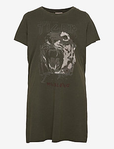 CARERVINS LIFE SS LONG TEE - t-shirts - forest night