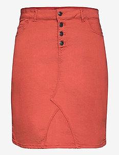 CARSARAH LIFE SKIRT - chino shorts - arabian spice