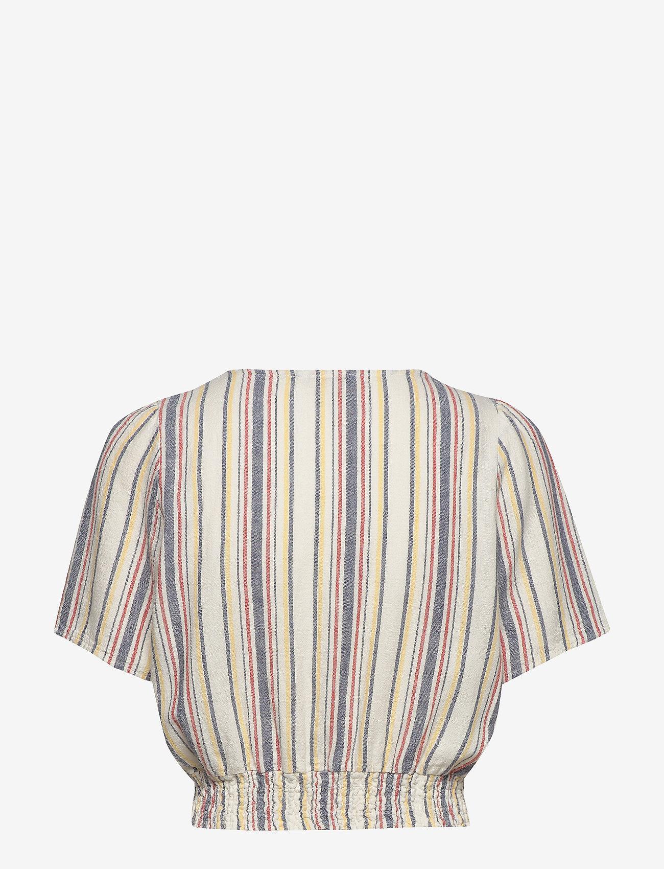ONLY - ONLALFINA S/S CROPPED TOP WVN - short-sleeved blouses - cloud dancer