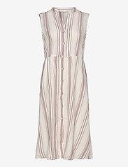 ONLY - ONLDORRIE S/L ABOVE CALF DRESS WVN - midi dresses - cloud dancer - 0