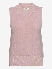 ONLY - ONLPARIS LIFE VEST KNT - knitted vests - ballerina - 0