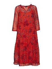 wfCELINE 3/4 DRESS WVN - FIERY RED