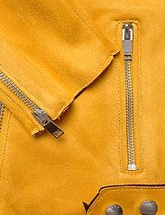 ONLY - ONLSHERRY CROP  BONDED BIKER CC OTW - lichte jassen - golden yellow - 4