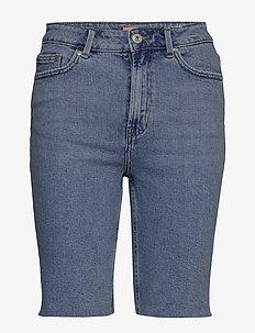 ONLEMILY HW LONG SHORTS RAW BB MAS0051 - korte spijkerbroeken - light blue denim