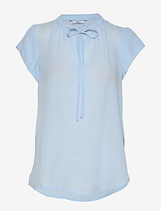 ONLALMA POLY S/S TOP SOLID WVN - basic t-shirts - cashmere blue
