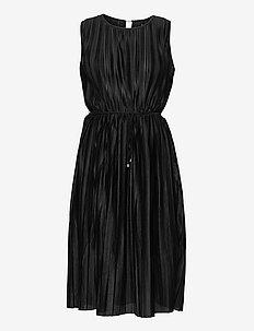 ONLELEMA S/L DRESS  BOX JRS - summer dresses - black