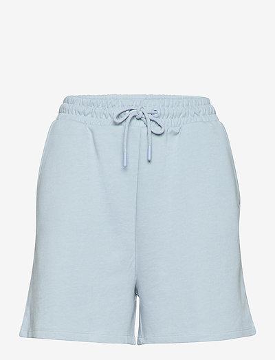 ONLKAPPI SWEAT SHORTS SWT - casual shorts - cashmere blue