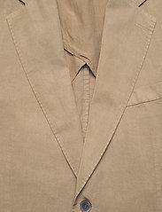 Oscar Jacobson - Ferry Patch Blazer - single breasted blazers - beige - 2