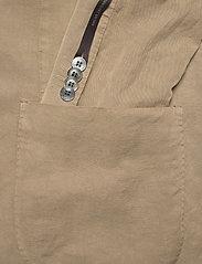 Oscar Jacobson - Ferry Patch Blazer - single breasted blazers - beige - 3