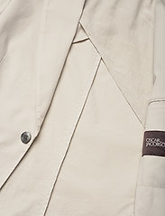 Oscar Jacobson - Egel Patch Blazer - single breasted blazers - ecru - 4