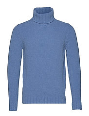 Kristopher Rollneck - 254 - BLUE