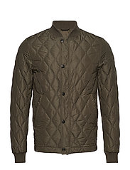 Howie Jacket - 817 - MILITARY GREEN