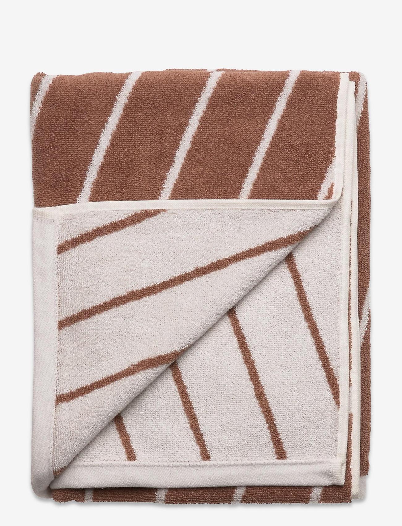 OYOY Living Design - Raita Towel - 70x140 cm - håndklæder - caramel - 1