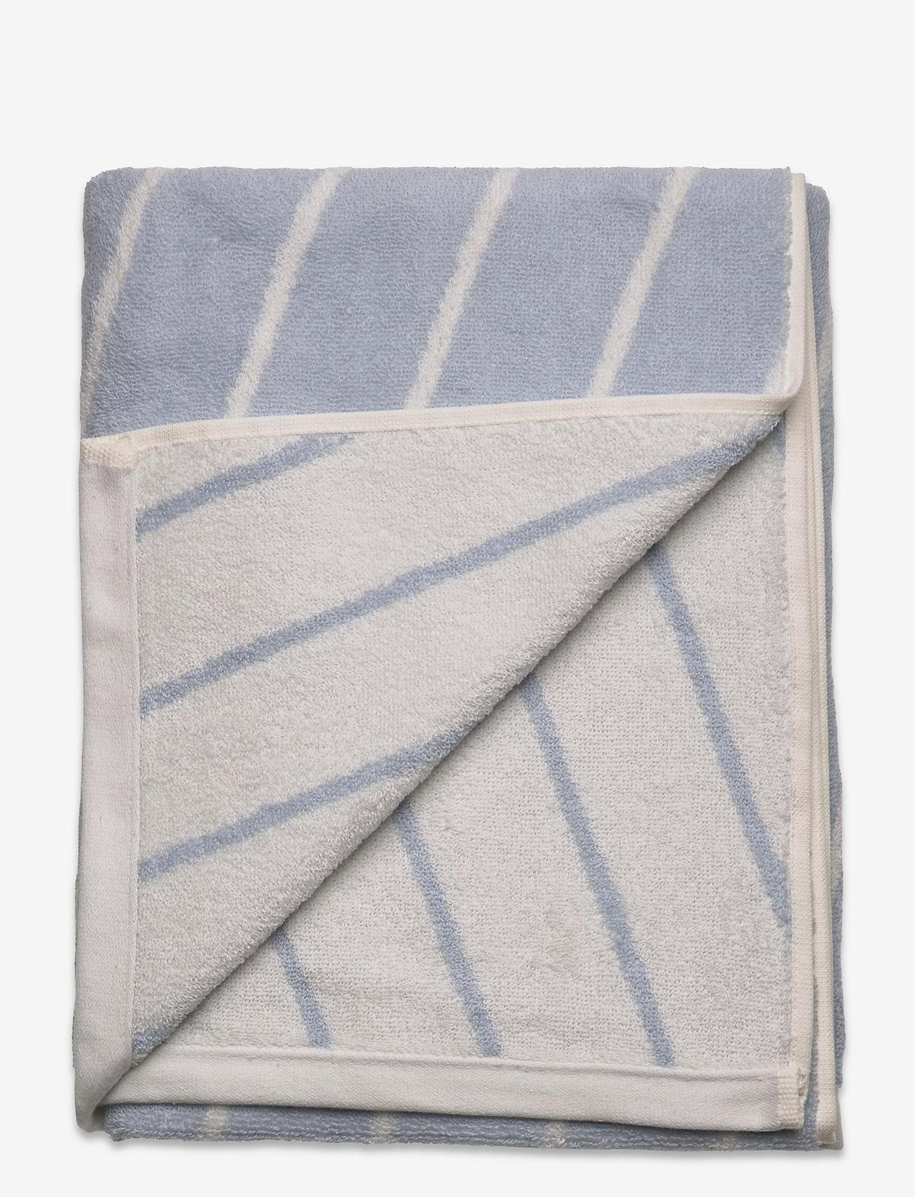 OYOY Living Design - Raita Towel - 70x140 cm - håndklæder - ice blue - 1