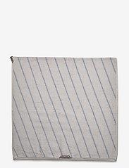 OYOY Living Design - Raita Towel - 70x140 cm - håndklæder - ice blue - 3