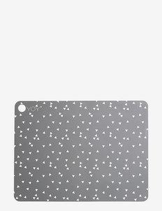 Placemat Triangle - 2 Pcs/Pack - bordbrikker, glassunderlag & bordskånere - light grey