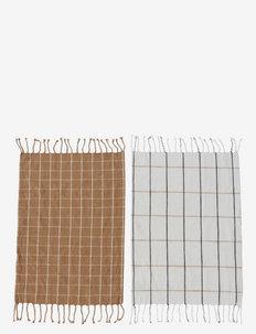 Gobi Tea Towel - Pack of 2 - keittiöpyyhkeet - camel / offwhite
