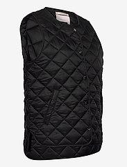 Part Two - HellenPW OTW - puffer vests - black - 3