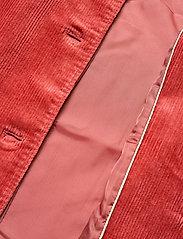Part Two - HauraPW OTW - kleding - faded rose - 4