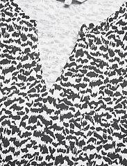 Part Two - GesinaPW TS - kortærmede bluser - black mini scratch print - 6
