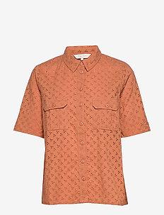 DogaPW SH - short-sleeved shirts - sunburn