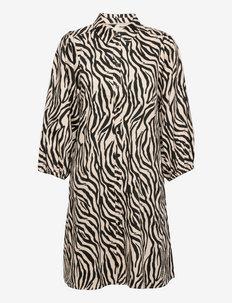 EleinaPW DR - skjortklänningar - cement zebra print