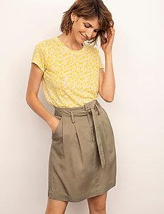 KassimPW TS - t-shirts - artwork medium yellow