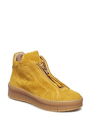 Maddie - YELLOW SUEDE