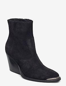 Sofia - ankelstøvler med hæl - black suede